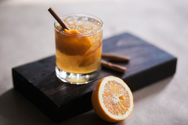 AppleJack Old Fashion, Signature Holiday Drink, Dream Events & Catering, Jen & Chris Creed Photo