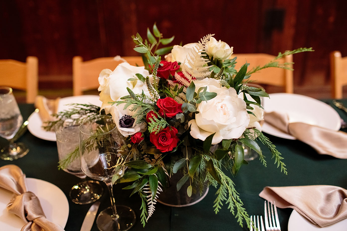 Winter Wedding Floral Trends