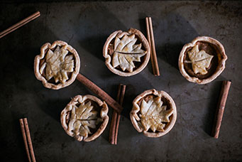 Mini Pies With Cinnamon Sticks